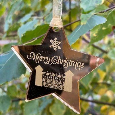 STAR BAUBLE CHRISTMAS GATE