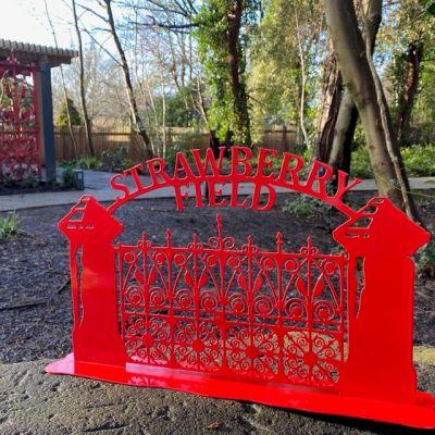SF METAL GATE SIGN