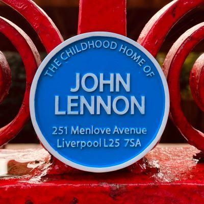 JOHN LENNON HOME BLUE RND MAG